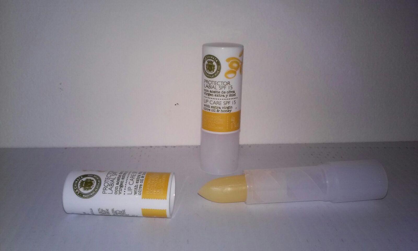 protector-labial-aceite-cera-miel-la-chinata
