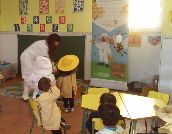 niños y Bee Garden Málaga